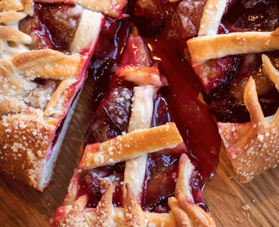 Pie and Tart Class With Egg